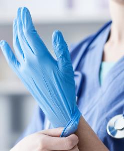 guanti blu medico